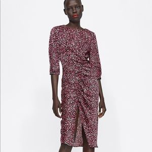 BNWT Zara Floral Midi Dress With Ruching